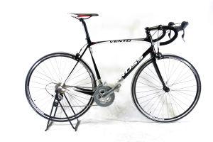 Rower Kross Vento 3.0 M czarno-biały